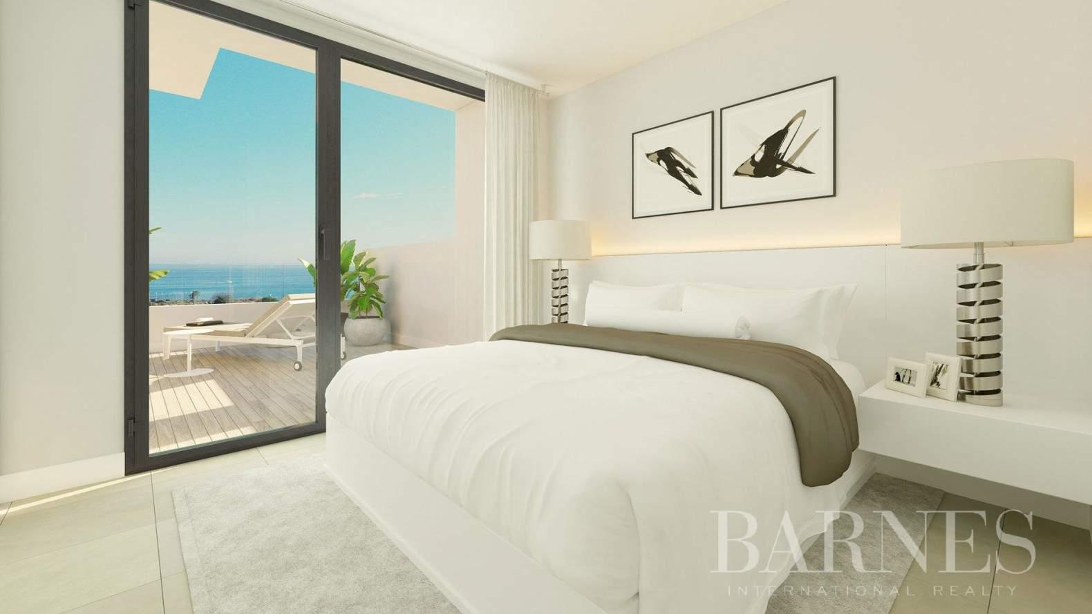 Estepona  - Apartment 2 Bedrooms - picture 7