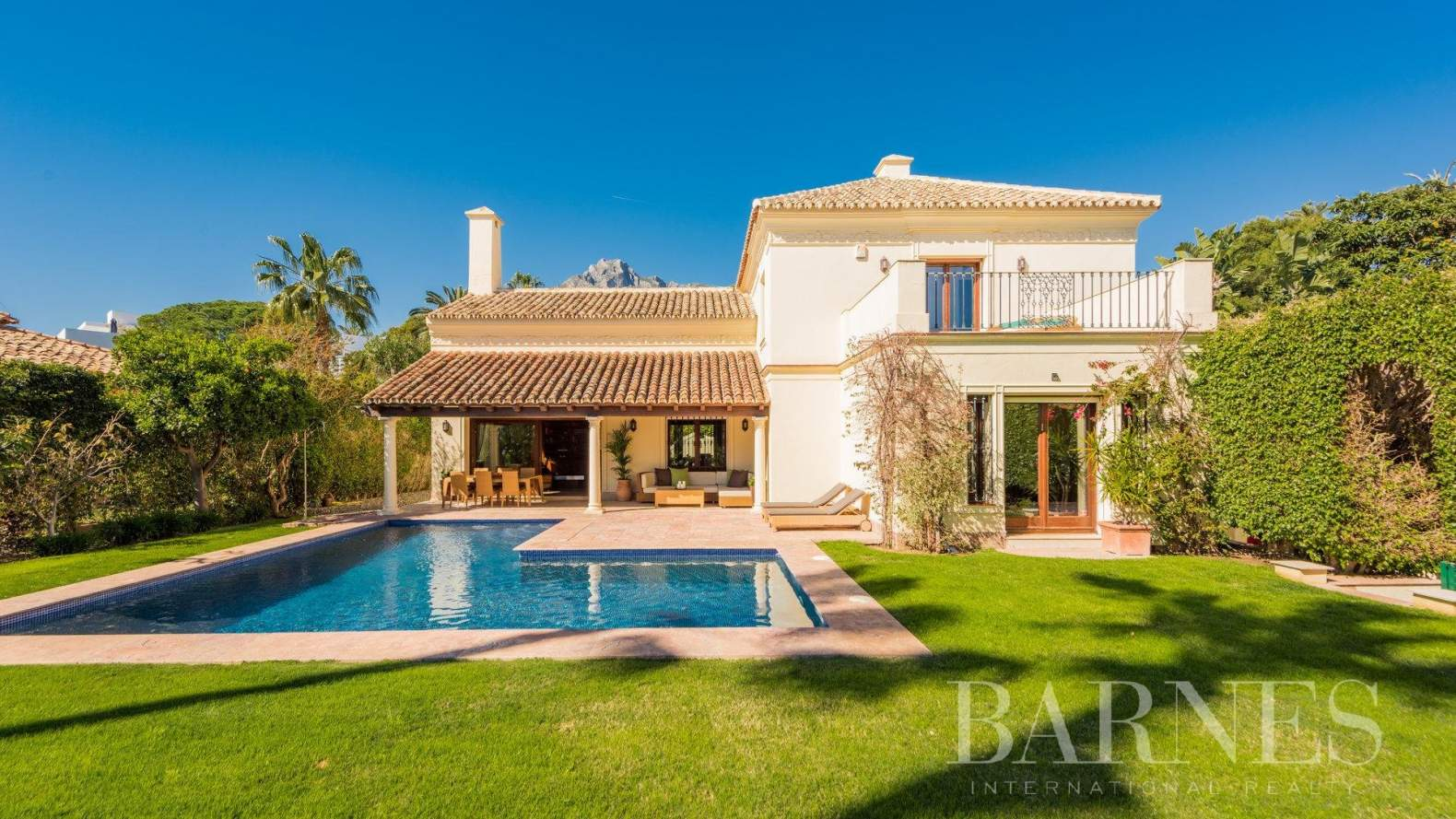 Marbella  - Villa  4 Habitaciones - picture 1