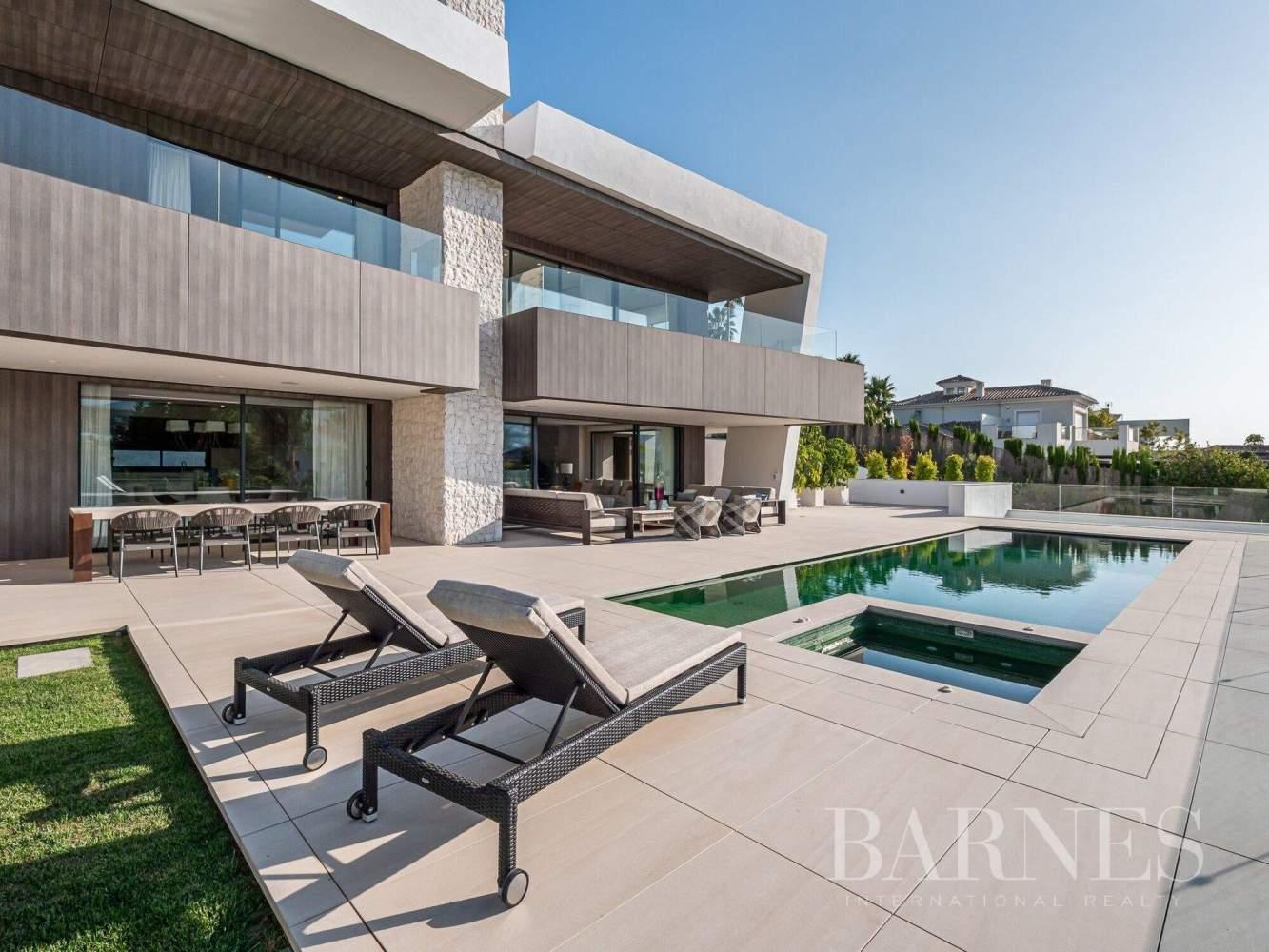 Nueva Andalucia  - Villa 20 Cuartos 5 Habitaciones - picture 9