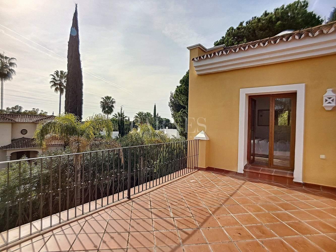 Marbella  - Villa 6 Cuartos 5 Habitaciones - picture 5