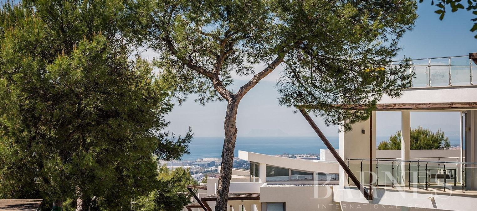 Marbella  - Villa 15 Cuartos 4 Habitaciones - picture 3