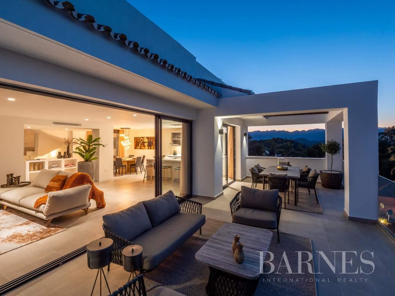 Elviria Hills  - Casa 10 Cuartos 3 Habitaciones - picture 13
