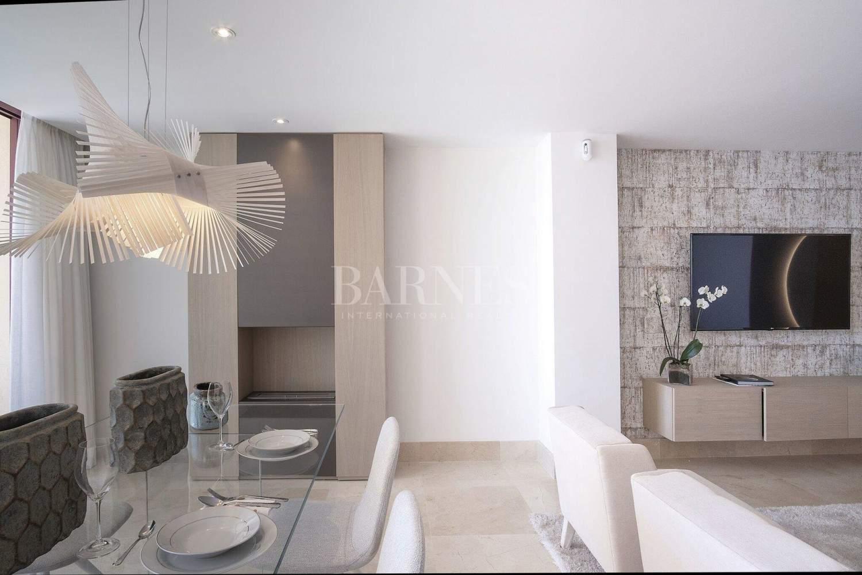 Estepona  - Apartment 2 Bedrooms - picture 14