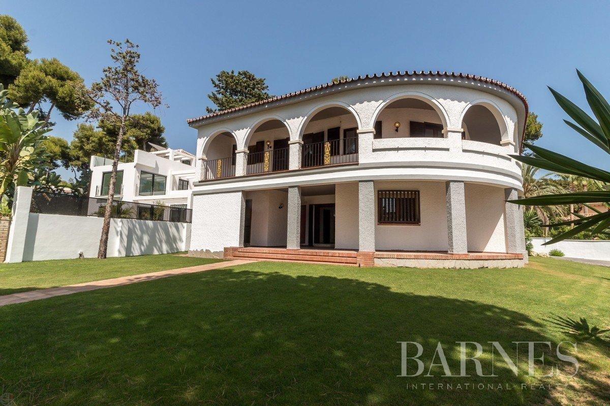 Marbella  - Villa 20 Cuartos 6 Habitaciones - picture 2