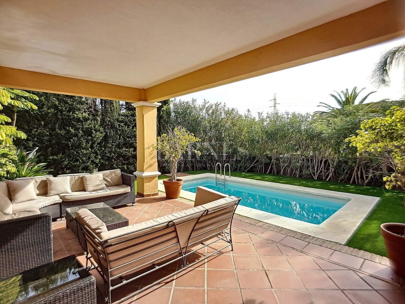 Marbella  - Villa 6 Cuartos 5 Habitaciones - picture 2