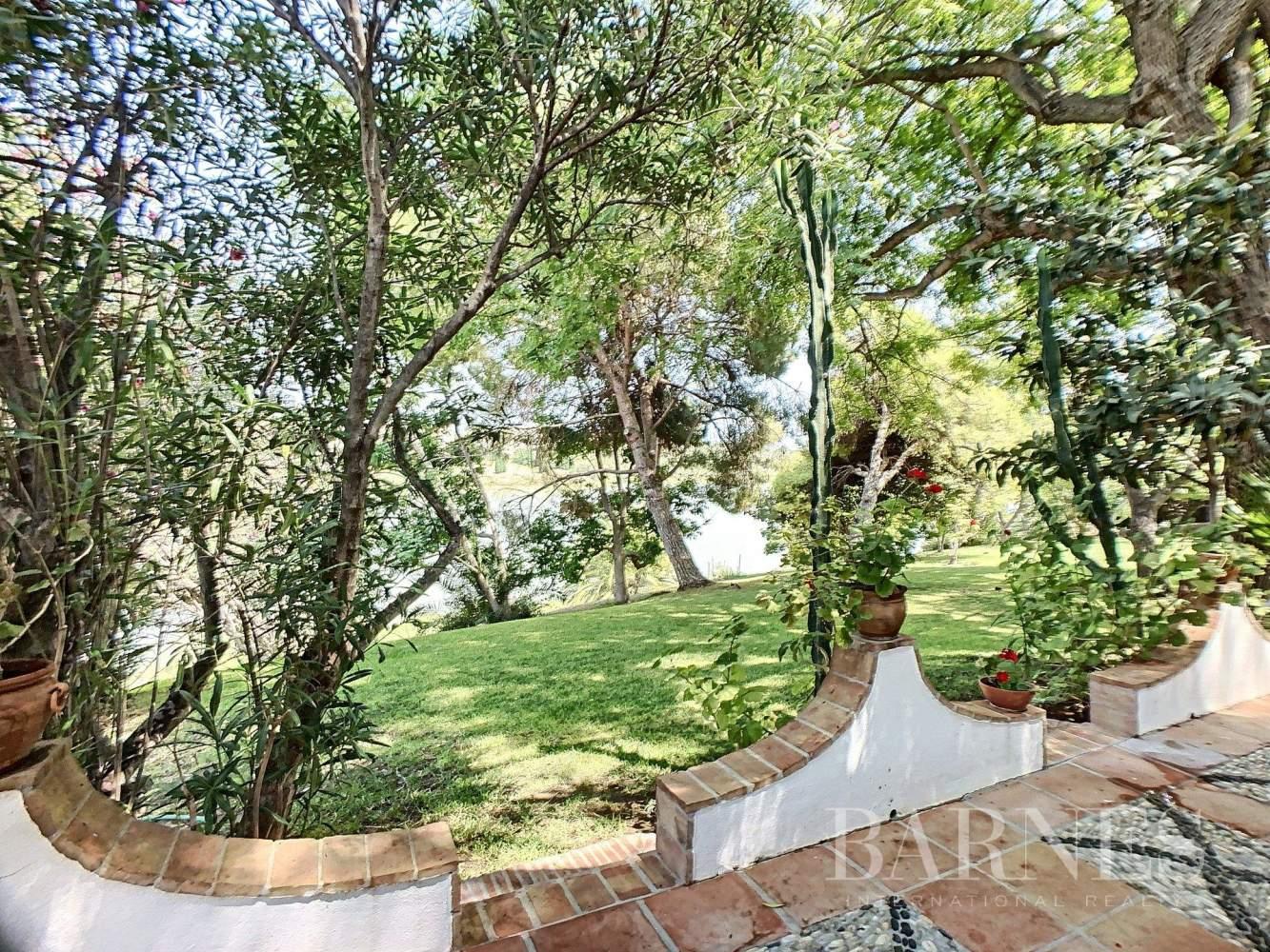 Benahavís  - Villa 28 Cuartos 8 Habitaciones - picture 6