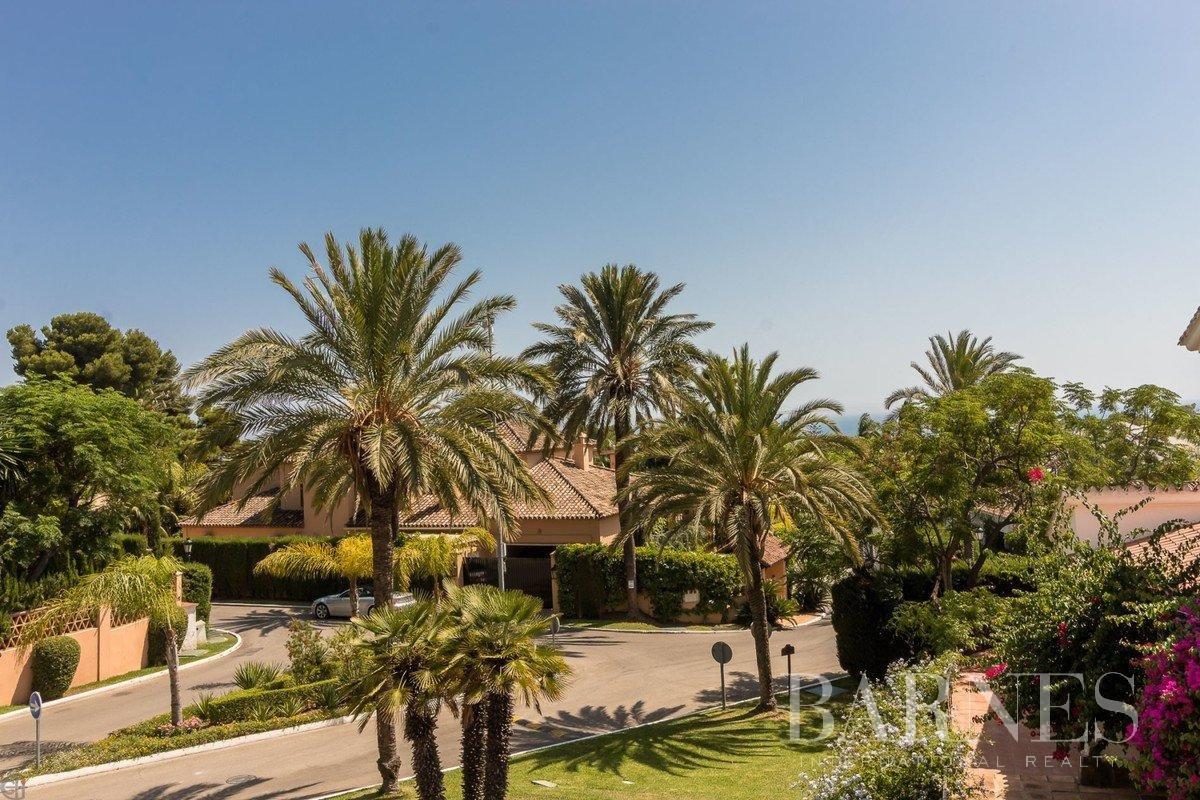 Marbella  - Villa 20 Cuartos 6 Habitaciones - picture 5
