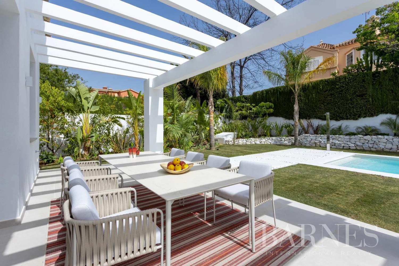 Guadalmina  - Villa 20 Cuartos 5 Habitaciones - picture 11