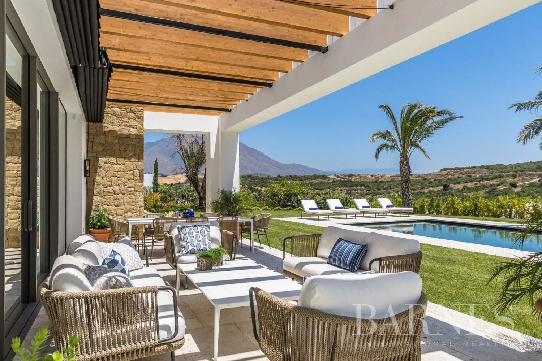 Casares  - Villa 20 Pièces 6 Chambres - picture 5