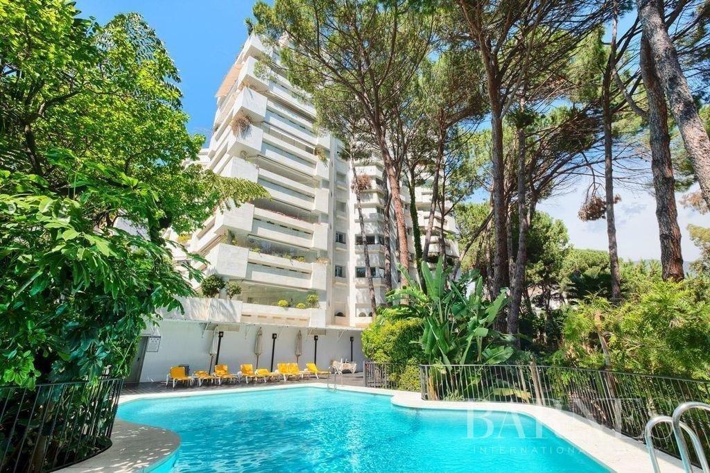 Marbella  - Piso 5 Cuartos 3 Habitaciones - picture 1
