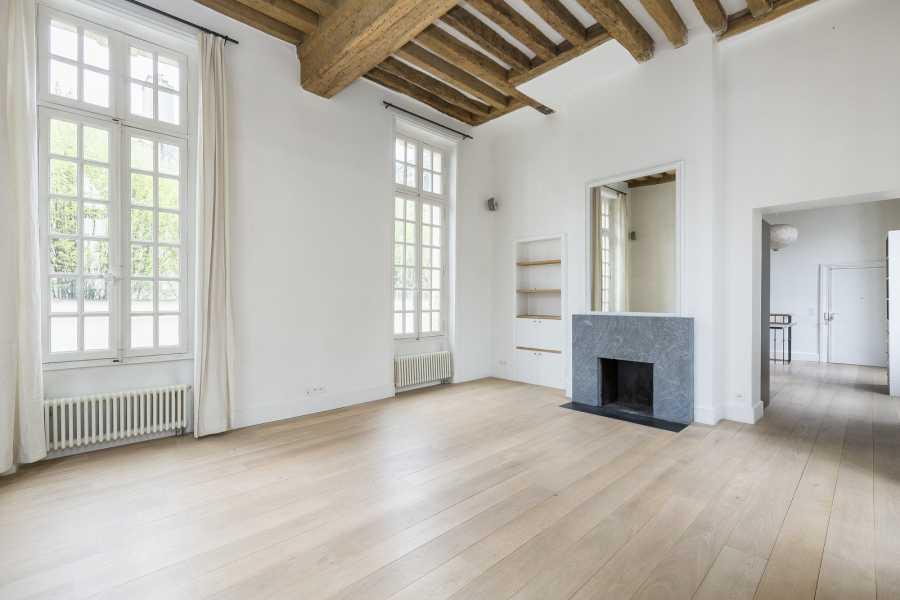 Paris  - Appartement 7 Pièces 4 Chambres
