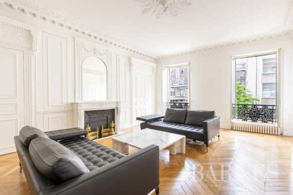 Appartement Paris 75003  -  ref 4237379 (picture 2)