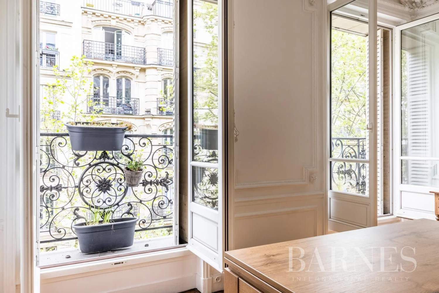 Paris  - Apartment 3 Bedrooms - picture 14