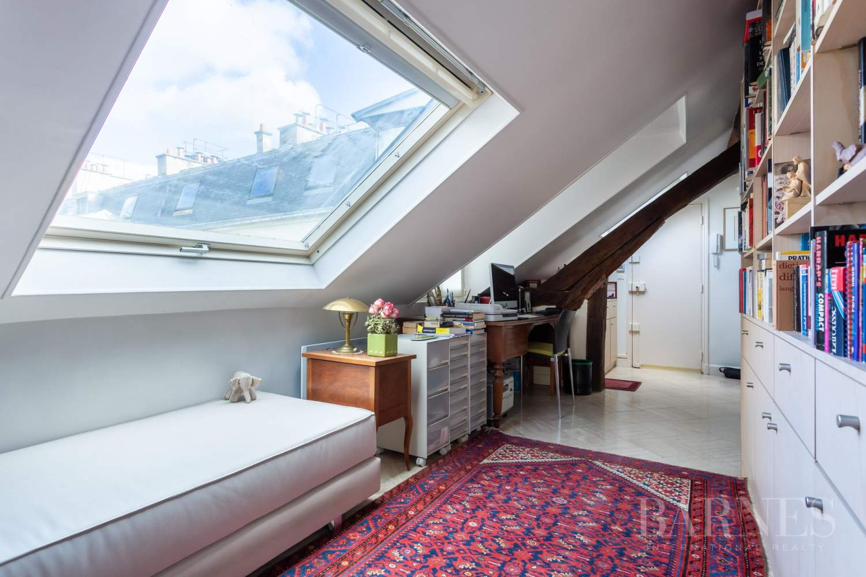 Paris 4 - Saint Paul - Top floor - Bright - Lift picture 5