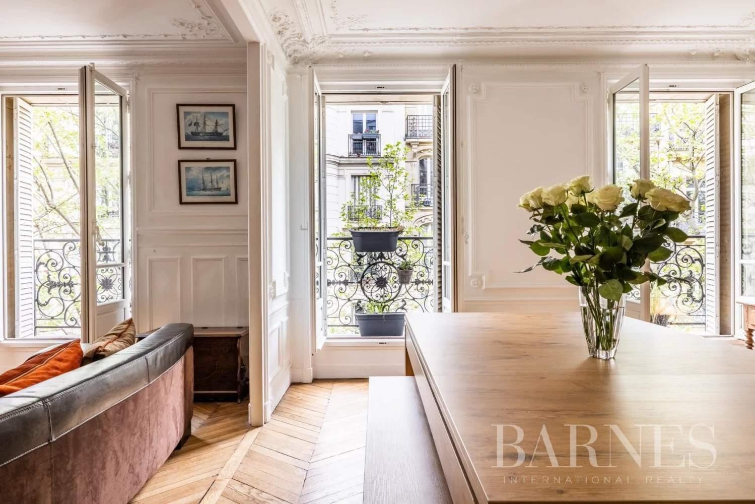 Paris  - Apartment 3 Bedrooms - picture 13