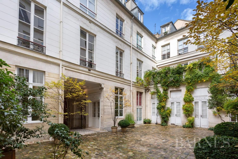 Paris 4 - Saint Paul - Top floor - Bright - Lift picture 13