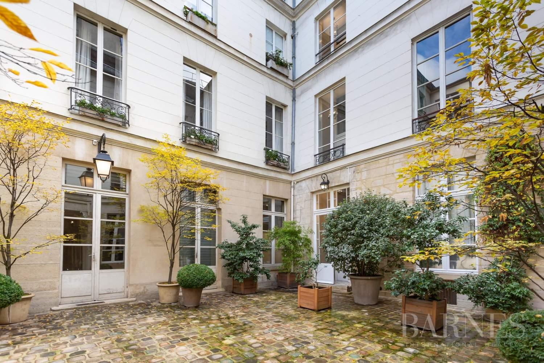 Paris 4 - Saint Paul - Top floor - Bright - Lift picture 14