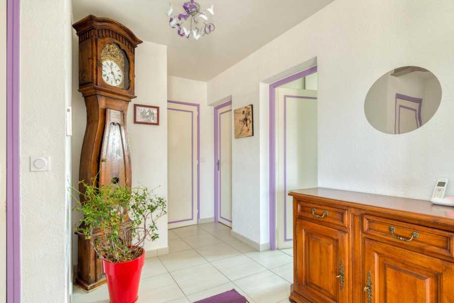 Thonon-les-Bains  - Maison 13 Pièces 8 Chambres