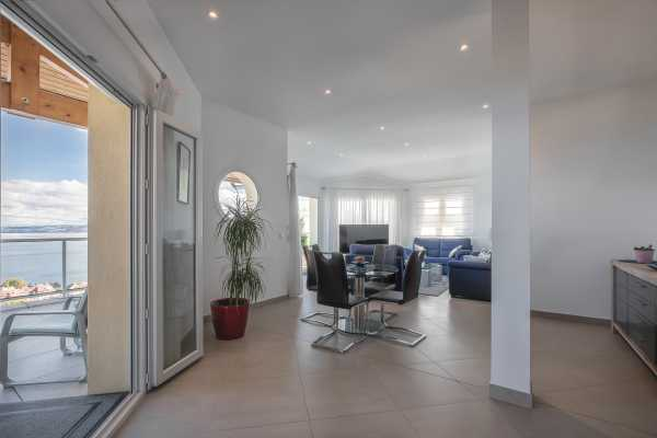 Appartement Évian-les-Bains  -  ref 2994019 (picture 2)