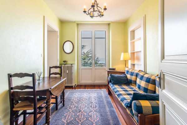 Appartement Évian-les-Bains  -  ref 5790325 (picture 2)