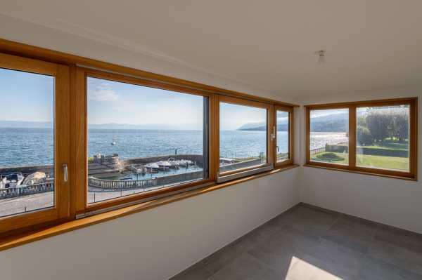 Appartement Évian-les-Bains  -  ref 4259545 (picture 2)