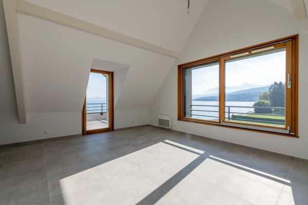 Appartement Évian-les-Bains  -  ref 4259514 (picture 2)