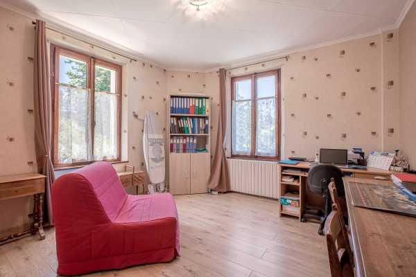 Piso Évian-les-Bains  -  ref 4241142 (picture 2)