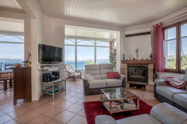 Appartement Évian-les-Bains  -  ref 4241126 (picture 2)