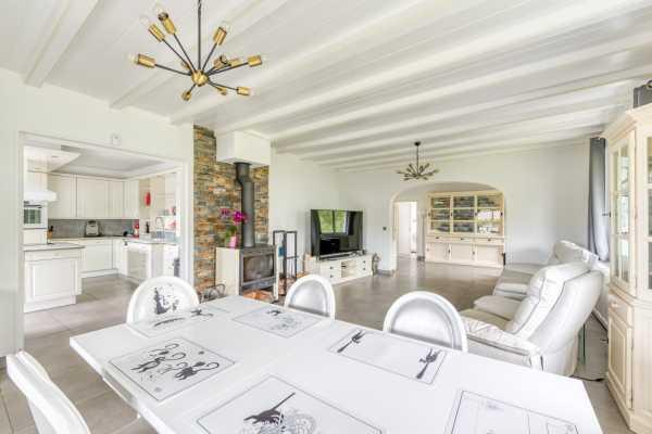 Maison Évian-les-Bains  -  ref 5807977 (picture 1)