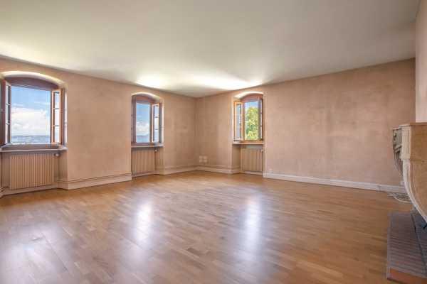 Apartment Évian-les-Bains  -  ref 3822910 (picture 2)