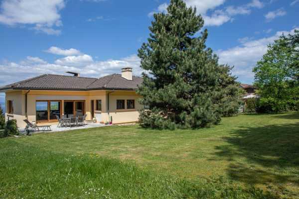 Property, Publier - Ref 3000493