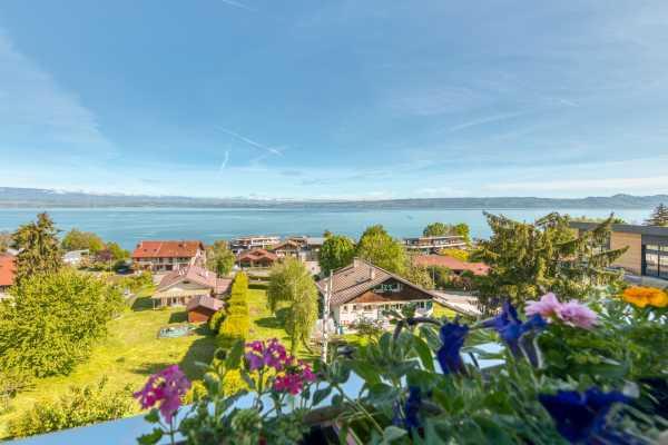 Appartement Évian-les-Bains  -  ref 5318862 (picture 1)