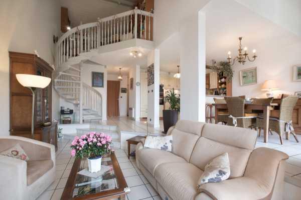 House Évian-les-Bains  -  ref 5029083 (picture 1)