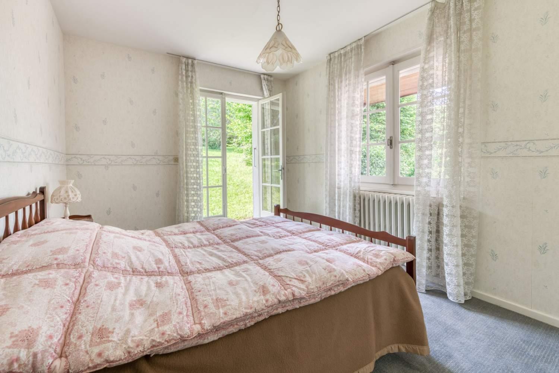 Évian-les-Bains  - Maison 7 Pièces 5 Chambres - picture 15