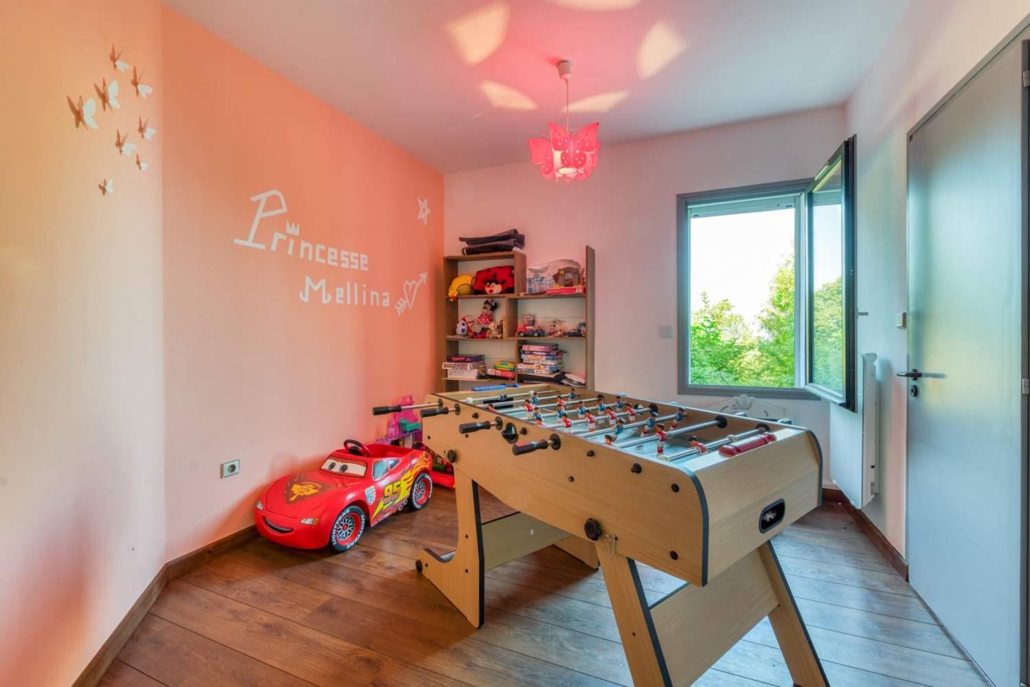 Évian-les-Bains  - Maison 5 Pièces 4 Chambres - picture 12