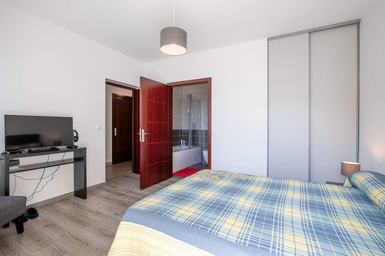 Évian-les-Bains  - Appartement 5 Pièces 3 Chambres - picture 8