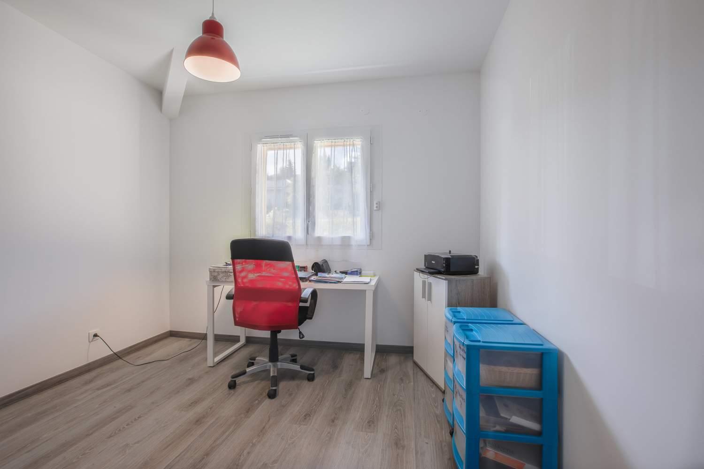 Évian-les-Bains  - Appartement 5 Pièces 3 Chambres - picture 9