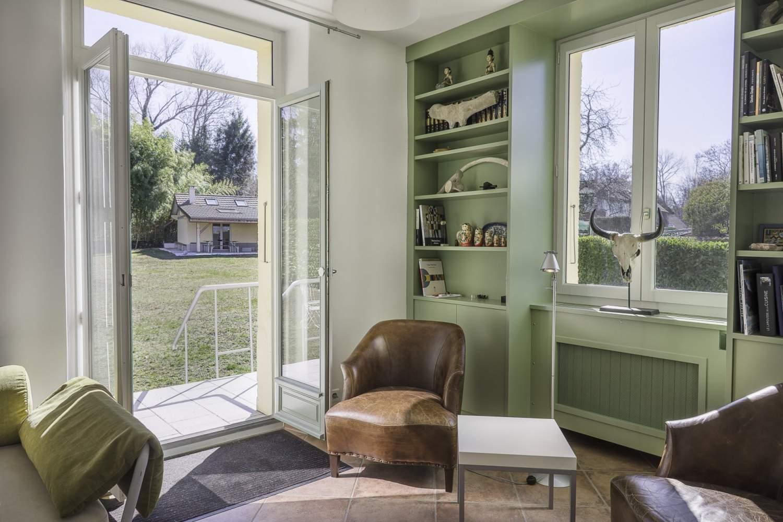 margencel port de sechex maison bourgeoise de 200 m. Black Bedroom Furniture Sets. Home Design Ideas