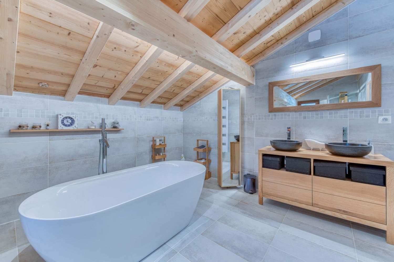 Évian-les-Bains  - Chalet 7 Pièces 5 Chambres - picture 14