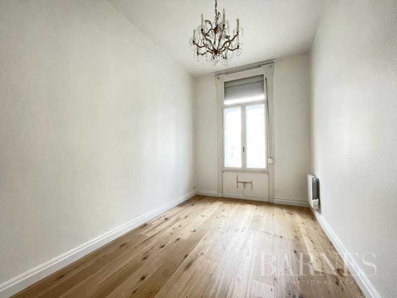 Lille  - Appartement 5 Pièces 2 Chambres