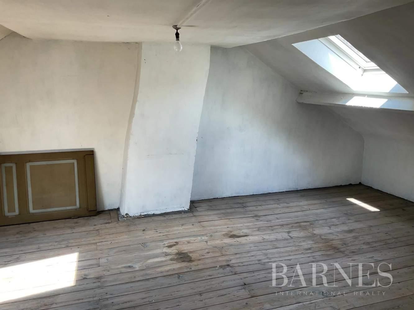 Lille  - Maison 8 Pièces 5 Chambres - picture 10