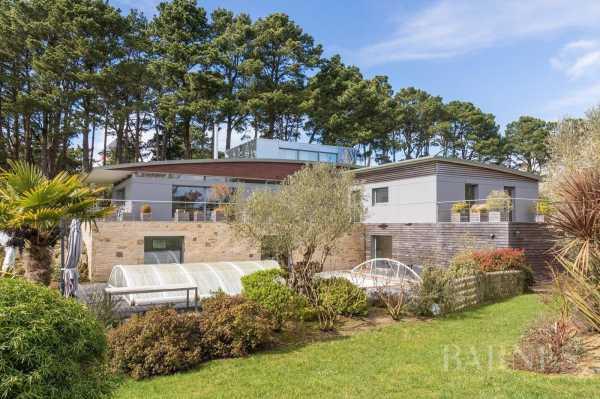 Villa Gu�rande  -  ref 3360043 (picture 2)