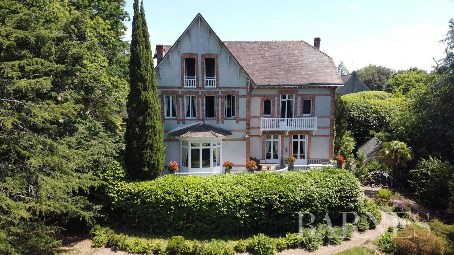 Nantes  - Propriété 14 Pièces 8 Chambres - picture 2