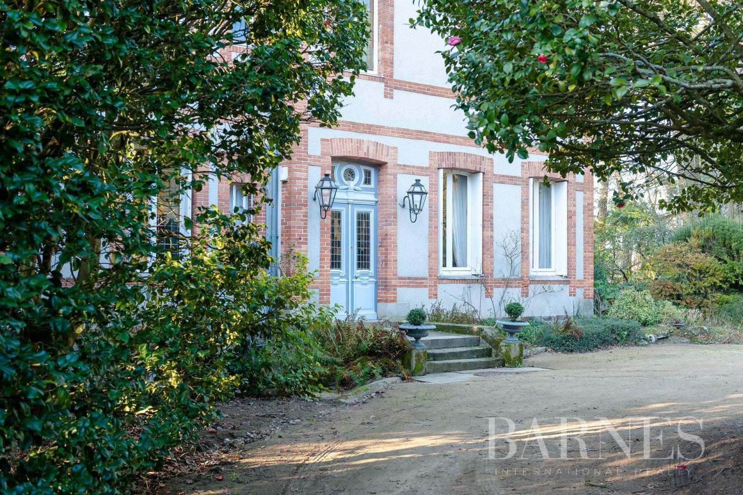 Nantes  - Propriété 14 Pièces 8 Chambres - picture 9