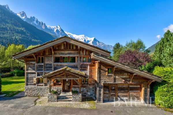 Chalet Chamonix-Mont-Blanc  -  ref 5853045 (picture 1)