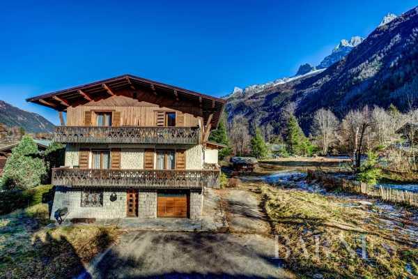 Chalet Chamonix-Mont-Blanc  -  ref 5032761 (picture 1)