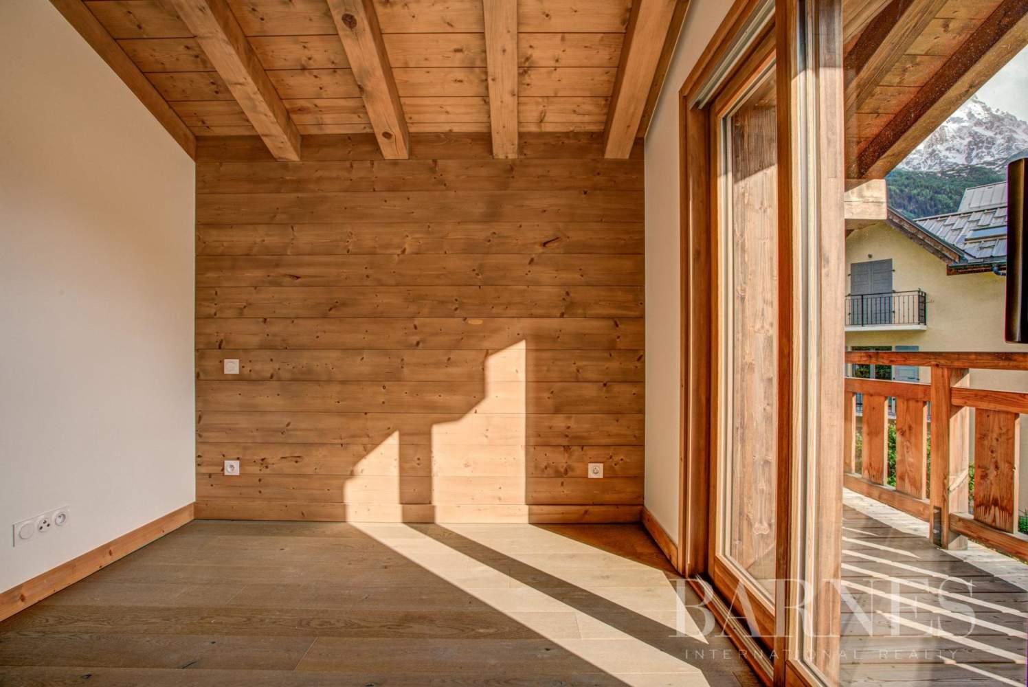 CHAMONIX-Les Praz- bel appartement neuf- 3 chambres-1 coin montagne-2 garages picture 11