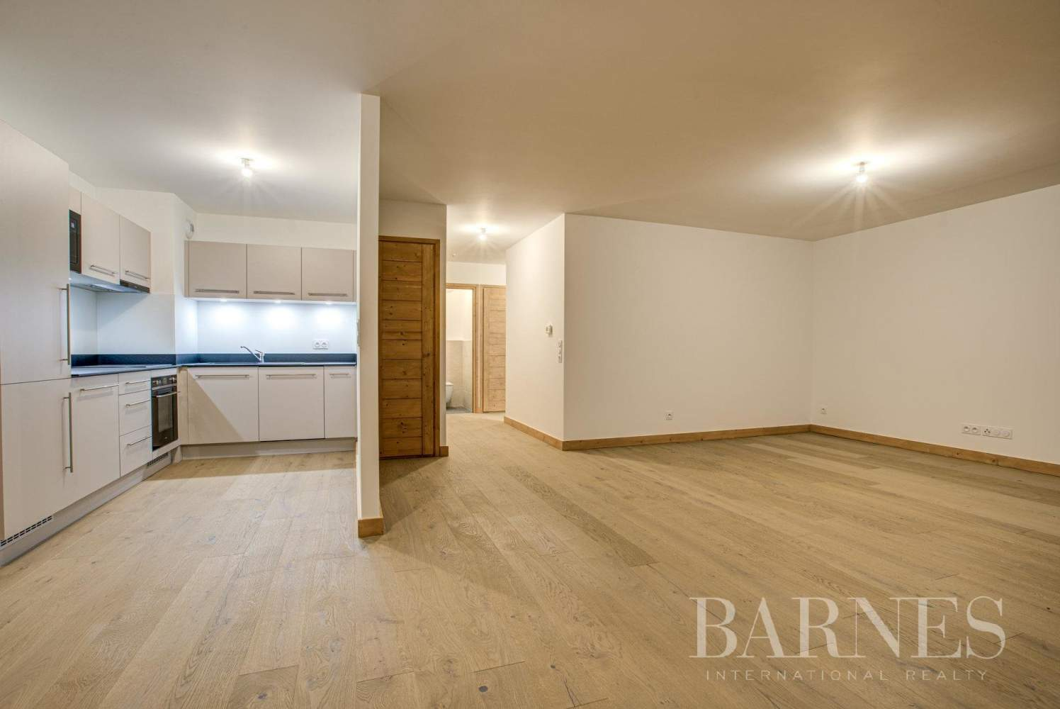 CHAMONIX-Les Praz- bel appartement neuf- 3 chambres-1 coin montagne-2 garages picture 8