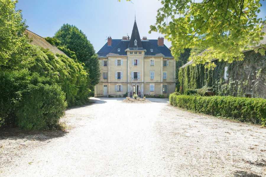 Chambéry  - Château 10 Pièces 8 Chambres