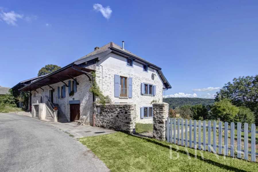 Clermont  - Maison de village 10 Pièces 3 Chambres